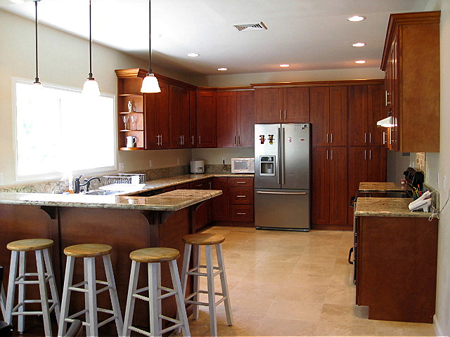 Cherry Helps Define Shaker Mission And Country Styling As Well More Formal Traditional Styles Below Are Pictures Of Luxurious Kitchen Cabinets